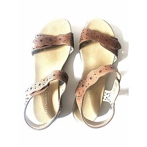 Romika Brown Leather Sandals